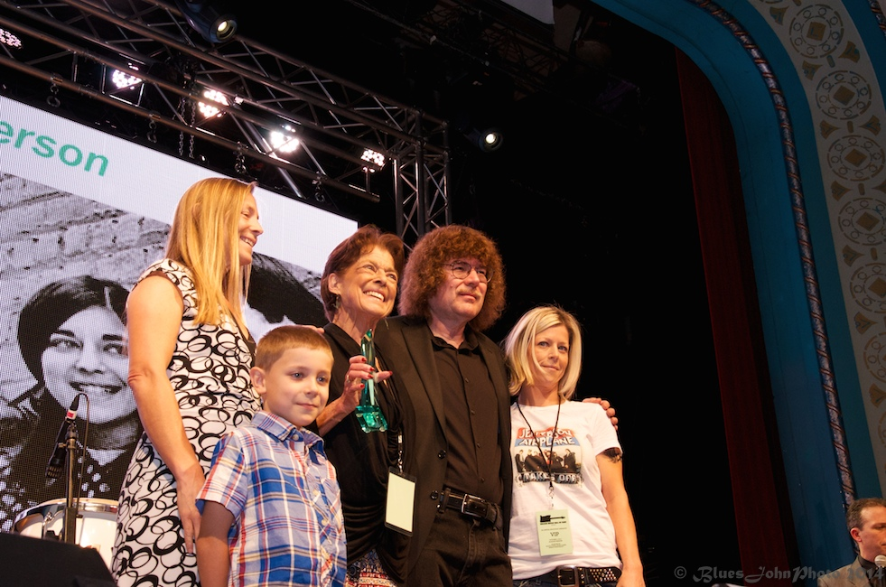 photos of the oregon music hall of fame induction ceremony. Black Bedroom Furniture Sets. Home Design Ideas