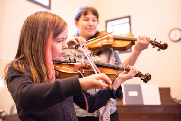 Violin lessons at Ethos: Photo by Nina Johnson