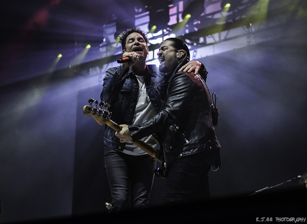 Photos of Train, Allen Stone and Goo Goo Dolls at Sunlight