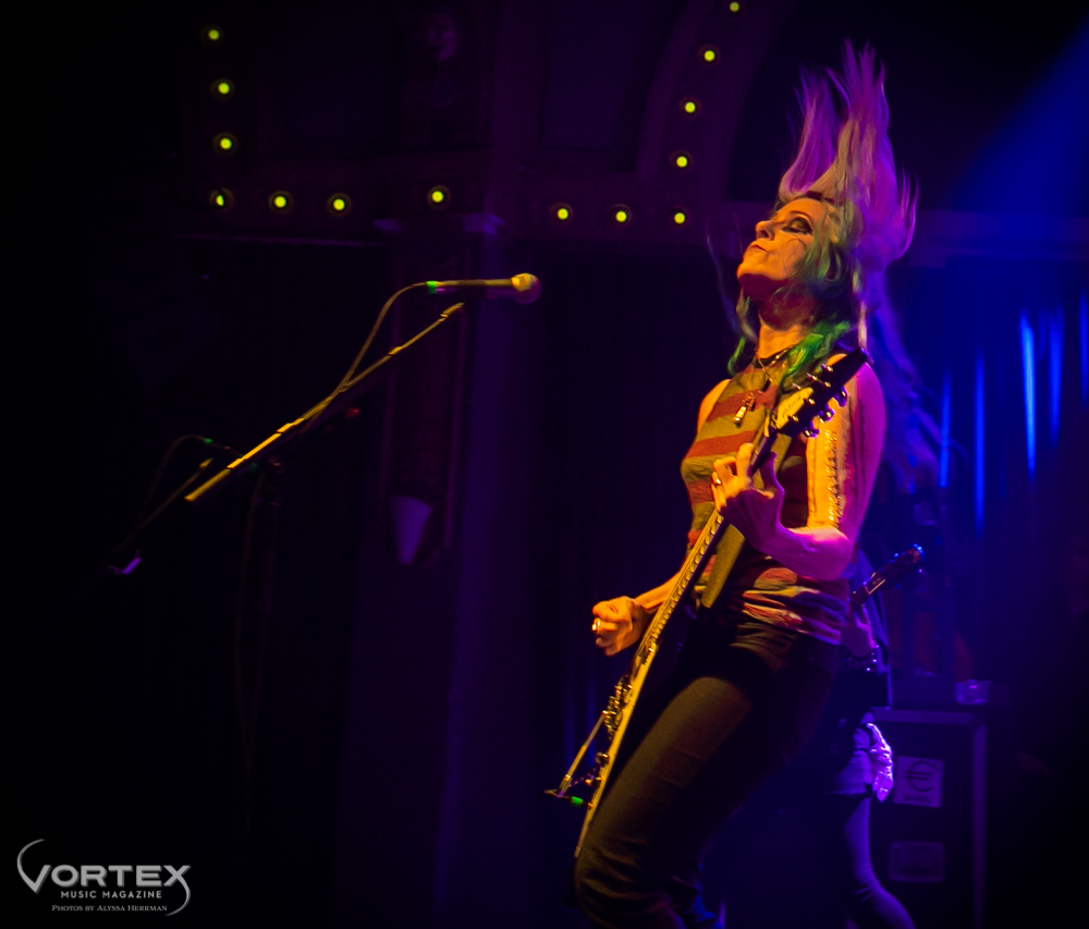 L7, Crystal Ballroom, photo by Alyssa Herrman