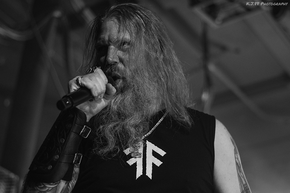 Amon Amarth, Roseland Theater, photo by Kevin Pettigrew