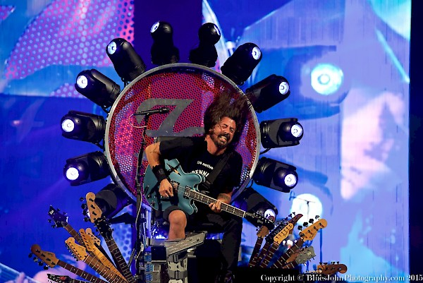 All hail the throne: Foo Fighters' Dave Grohl at the Moda Center on Sept. 14, 2015—click to see an entire gallery of photos by John Alcala