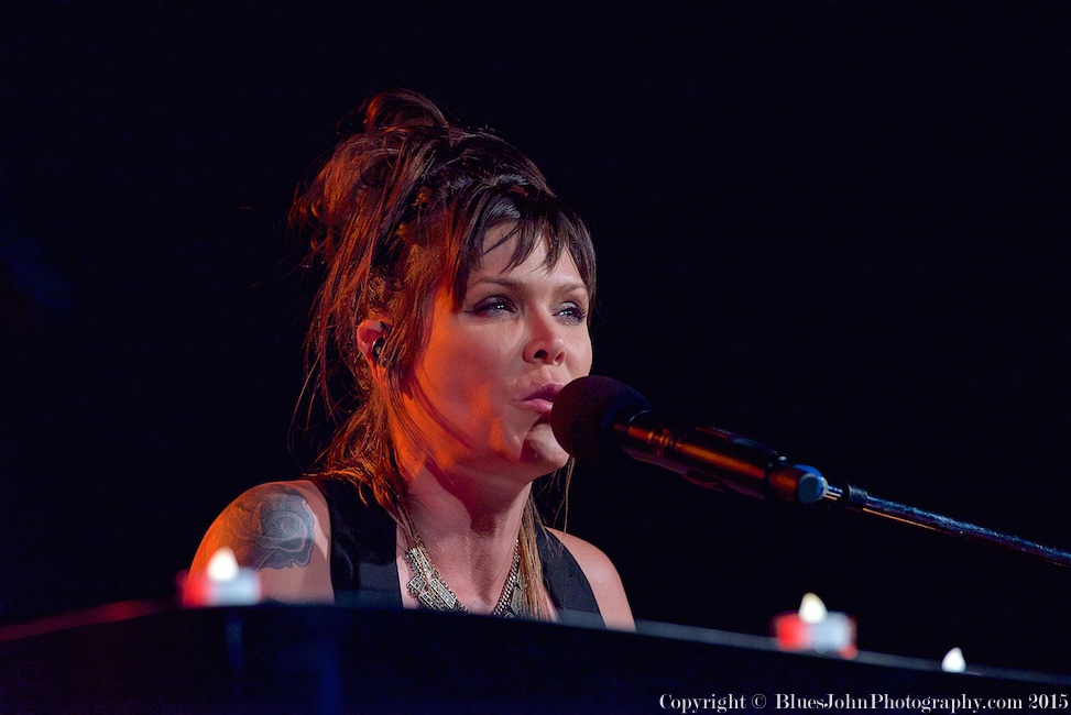 Beth Hart, Roseland Theater, photo by John Alcala