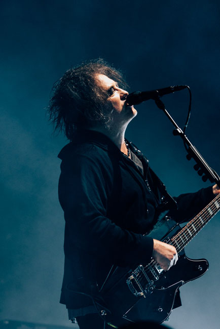 The Cure, Sunlight Supply Amphitheater, photo by Tojo Andrianarivo