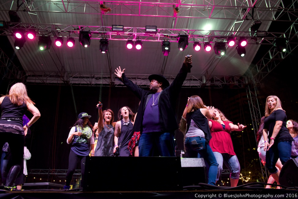 Sir Mix-A-Lot, Tom McCall Waterfront Park, photo by John Alcala