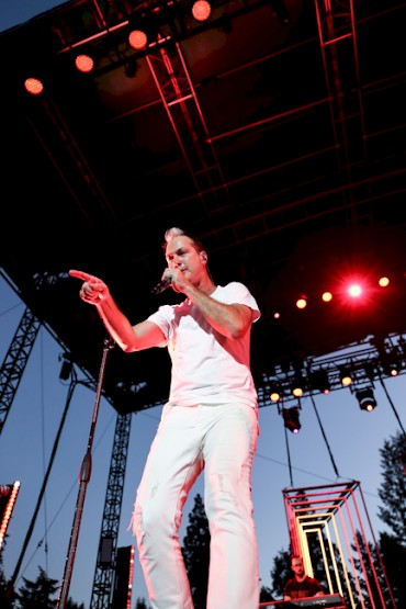 Fitz and the Tantrums at the Oregon Zoo on August 19—click to see more photos by Sydnie Kobza