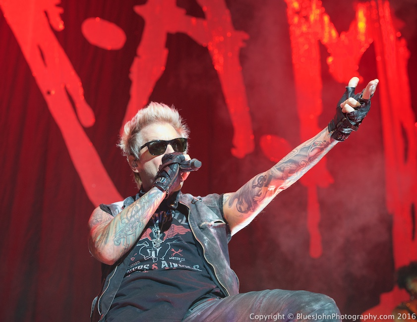 Sixx:A.M., Moda Center, photo by John Alcala