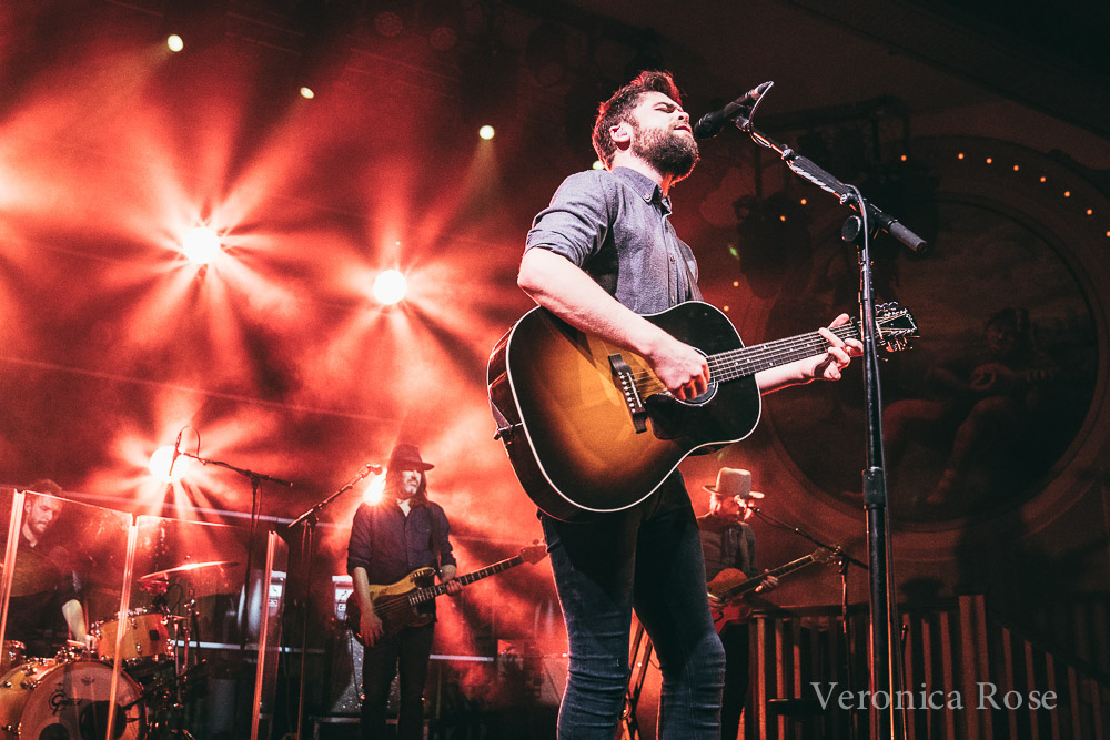 Passenger, Crystal Ballroom, photo by Veronica Rose