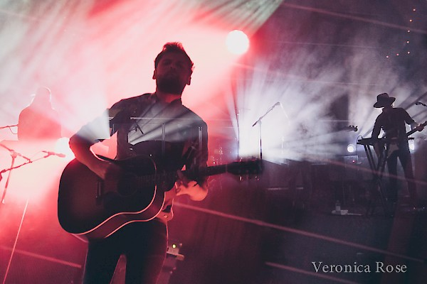 Passenger at the Crystal Ballroom on March 28—click to see more photos by Veronica Rose