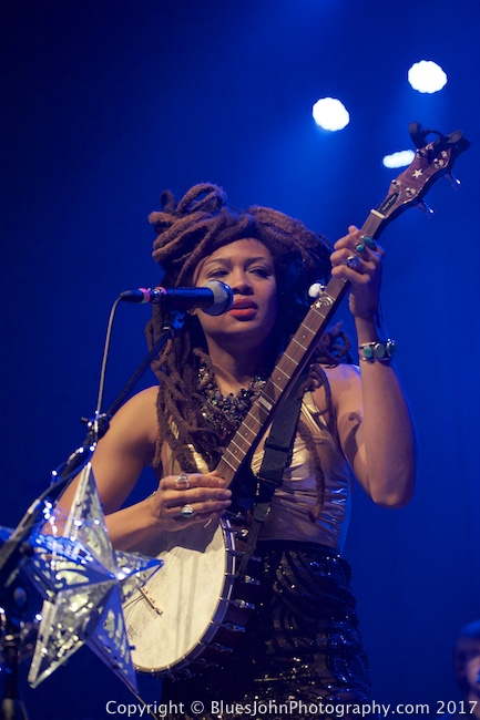 Valerie June, Aladdin Theater, photo by John Alcala
