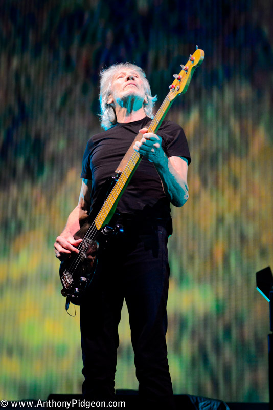 Roger Waters, Moda Center, Rose Quarter, photo by Anthony Pidgeon