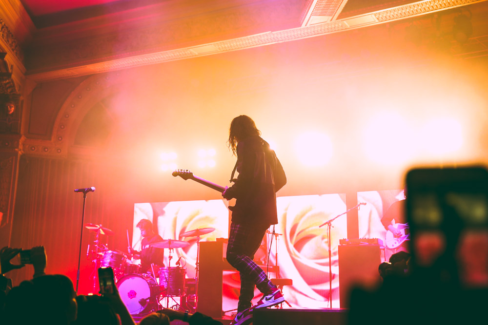 LANY, Crystal Ballroom, photo by Sydnie Kobza