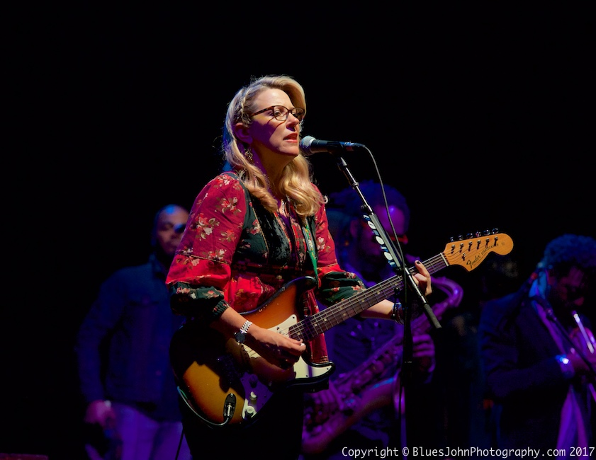 Tedeschi Trucks Band, Keller Auditorium, Portland'5 Centers for the Arts, photo by John Alcala