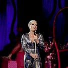 P!nk, Moda Center, photo by John Alcala