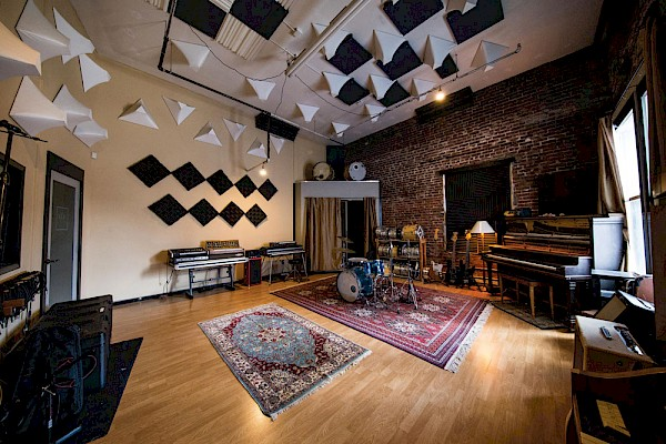 EYRST's shared A/D Agency Recording Suite in SW Portland: Photo by Connor Meyer