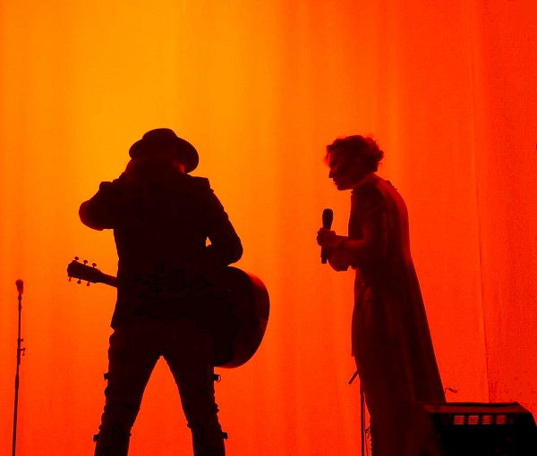Sugarland at the Moda Center on June 9, 2018. Photo by Eli Murphy.