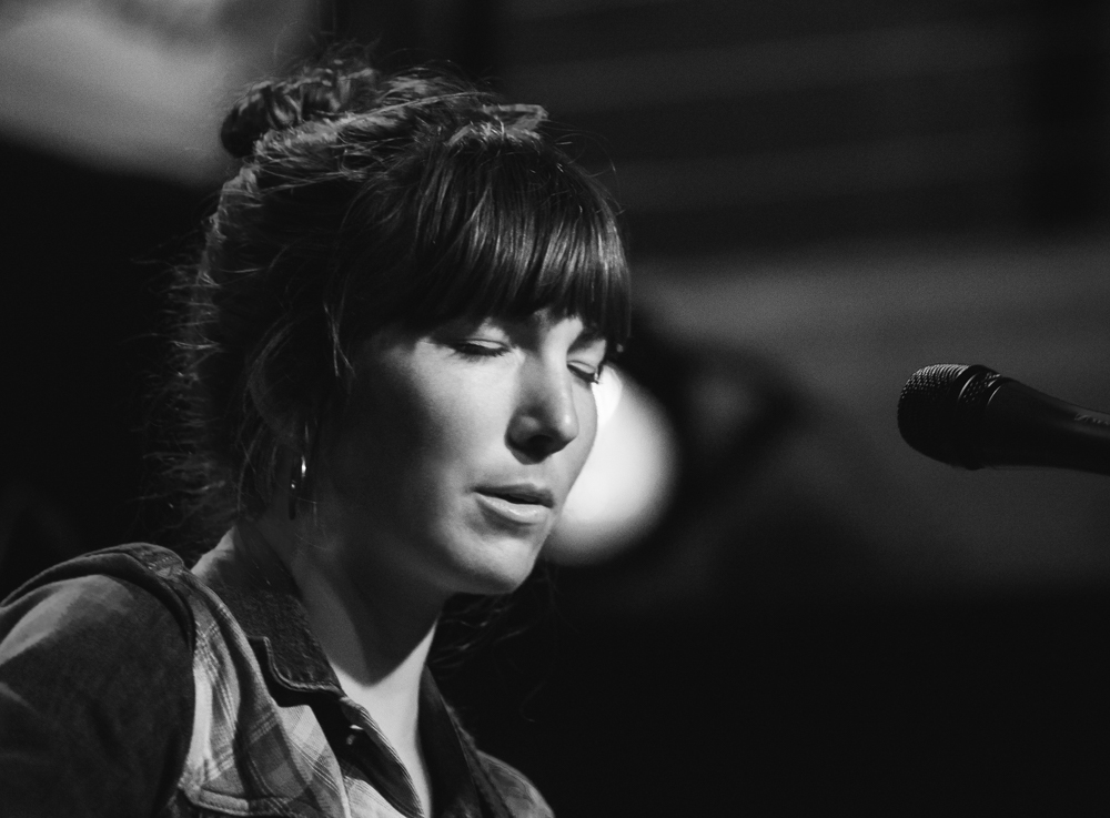 Anna Tivel, Mississippi Studios, Fluff & Gravy Records, photo by Chad Lanning
