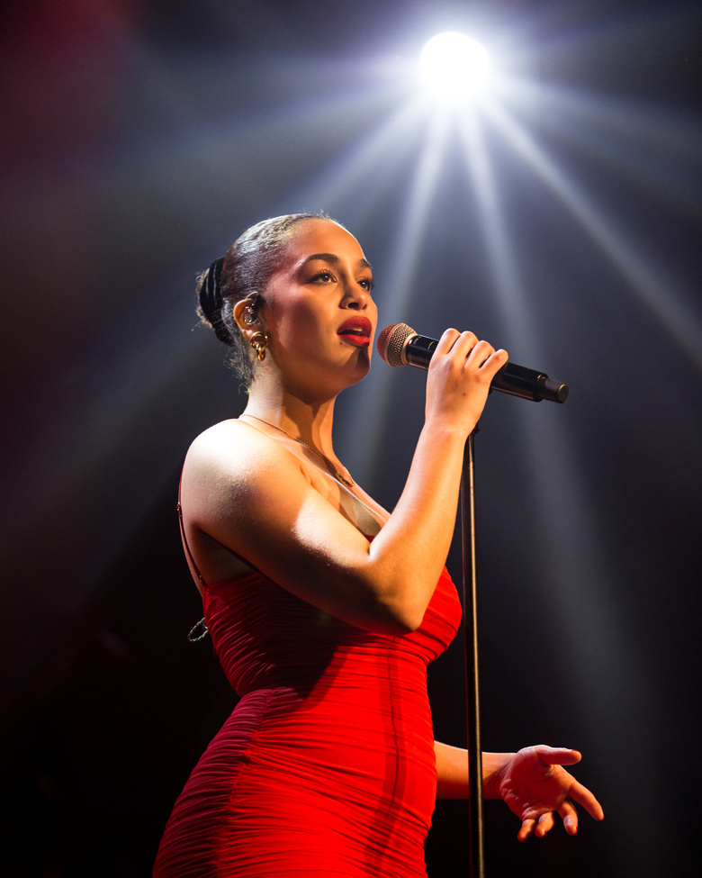Jorja Smith, Roseland Theater, photo by Jensen Ocampo