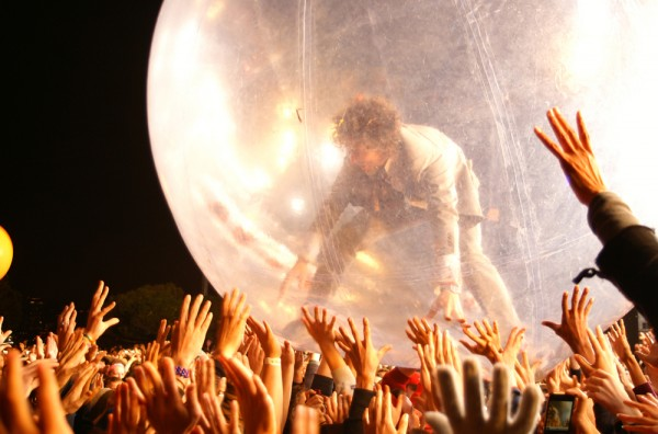 Wayne Coyne of The Flaming Lips: Photo by Jeanné Ellenby