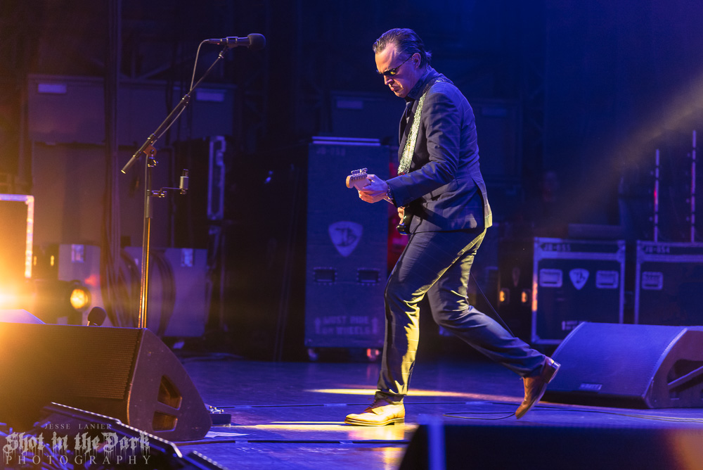 Joe Bonamassa, Arlene Schnitzer Concert Hall, photo by Jesse Lanier